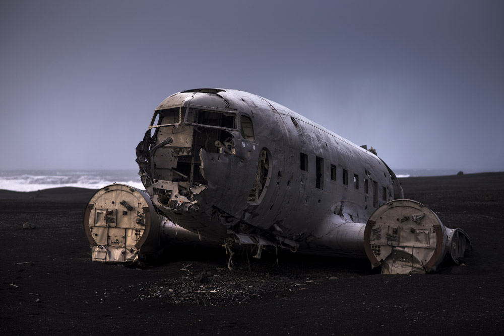 Abandoned US Navy plane in Iceland on an Iceland road trip