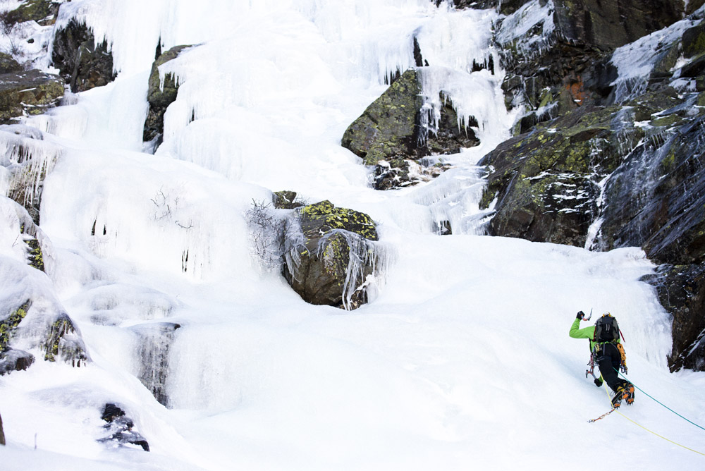 Ice Climbing O'dells Gully