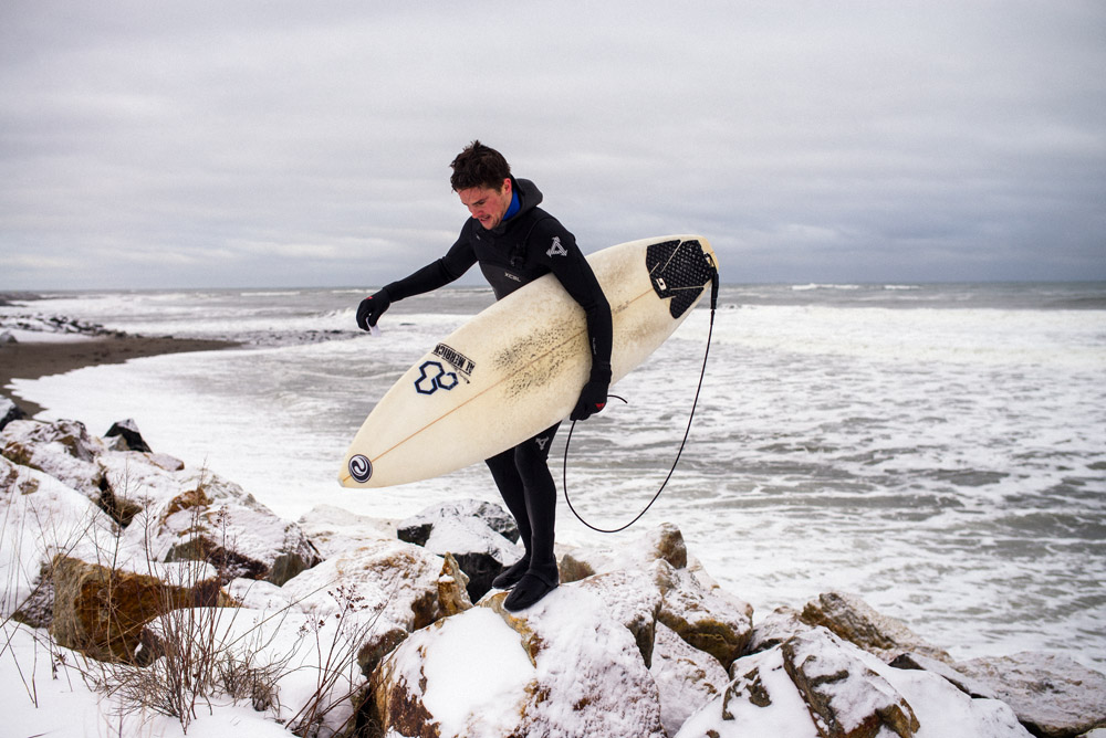 Rye Rocks Winter Surfing